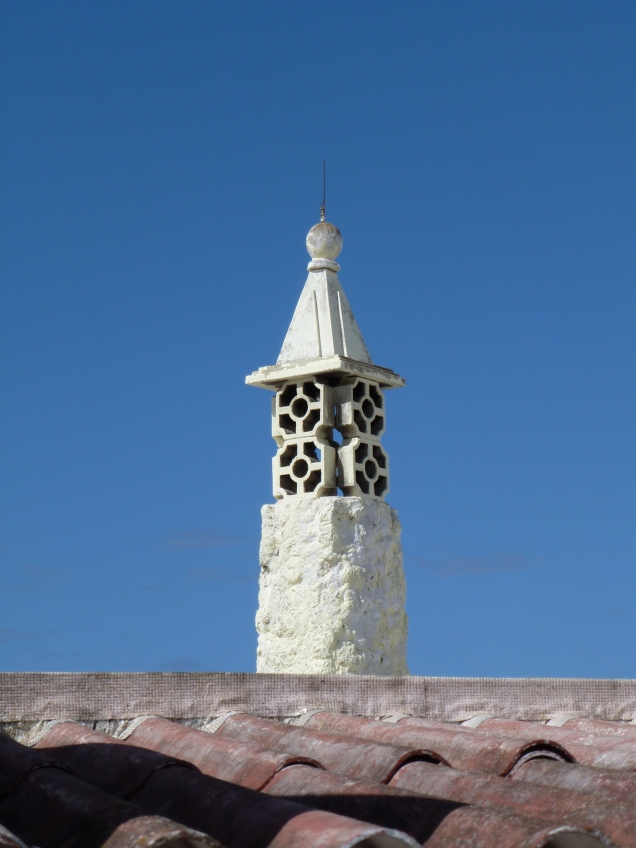 a chimney in the algarve